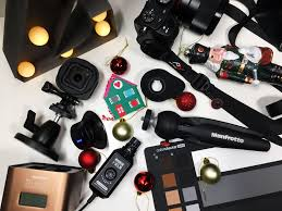 newsshooter last minute christmas gift guide aka what new
