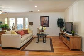 Defining And Seperating Living Space In Great Room To Make More Cozy - Define family room