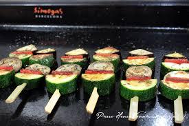cuisiner avec la plancha brochettes de légumes à la plancha