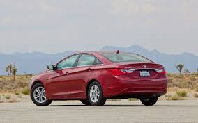 june 2012 sales hyundai up 7 7 percent at 63 813 units kia gains