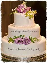 transporting a 3 tier wedding cake
