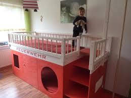 kinderzimmer hochbett ideen moderne ikea kinderbett moderne betten hochbett diy kinder