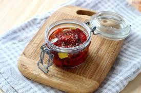 comment cuisiner les poivrons recette comment faire des poivrons marinés maison en pas à pas
