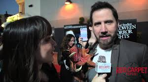 halloween horror nights 2009 jamie kennedy at the premiere of halloween horror nights at