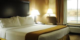 holiday inn express u0026 suites sedalia hotel by ihg