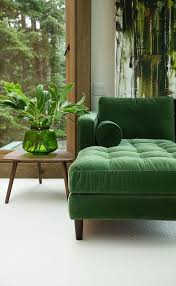 interieur et canapé épinglé par sam weir sur rooms vert intérieur et canapés