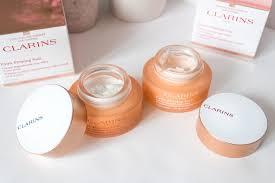 si e clarins come scegliere la crema viso a 40 anni i nuovi trattamenti