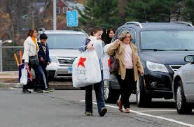 car deals for black friday busy stores find plenty of post thanksgiving business