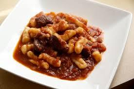 cuisiner du marcassin les gnocchi au civet de marcassin la cuisine à quatre mains