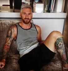 Lionel Messi Leg Lionel Messi On His Left Leg