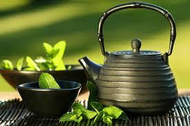 الفوائد الصحية للشاي الأخضر وتأثيره الإيجابي