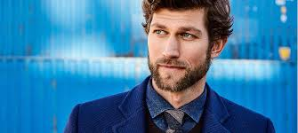 hairstyles that go with beards how to match your hairstyle to your facial hair fashionbeans