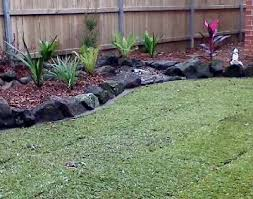 Bush Rock Garden Edging Bush Rock Garden Edging 105 Best Lawn Edging Images On Pinterest