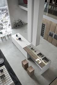 ilot central dans cuisine cuisine moderne avec grand ilot central dans un loft