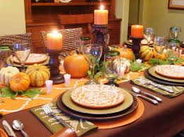 thanksgiving dinner table decorations