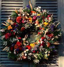 colonial williamsburg floral wreath photo virginiacoastline