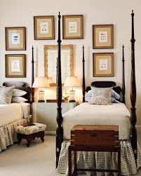 Decorate A Room How To Decorate With Twin Beds