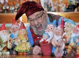 gnome lover locks gnomes release gnomeo juliet