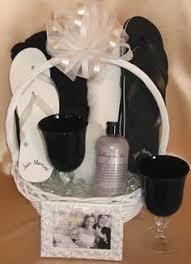 honeymoon gift basket honeymoon gift basket ideas honeymoon gift baskets creative
