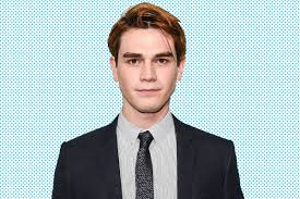 Hairstyles For Guys Growing Their Hair Out by Riverdale U0027s K J Apa On His Dye Job His Abs And Archie