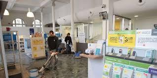 bureau de poste hotel de ville rénovation du bureau de poste à la rochelle ce qui va changer