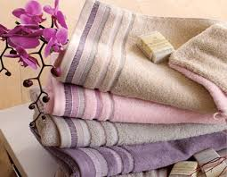 bathroom towels design ideas modern bathrooms accessories towels gray pink purple light pink