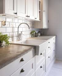 White Backsplash Kitchen by Best 25 Concrete Kitchen Countertops Ideas On Pinterest Farm