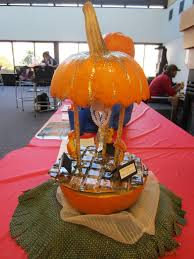 Clubs pete in Pumpkin Decorating Contest Student Life