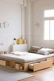 Low Platform Bed Plans by Best 25 Low Bed Frame Ideas On Pinterest Low Beds Cheap