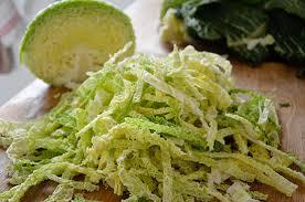 cuisiner du chou vert un wok de chou vert cuisinons les legumes