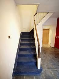 treppe belegen alte stufen renovieren laminat auf treppen verlegen bauen de