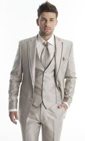 costard homme mariage costume homme beige à 2 boutons et poches à rabats pinteres