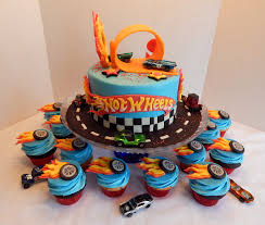 hot wheels cake s hot wheels cake and cupcakes 8 inch cake and 2 dozen