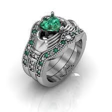 claddagh set claddagh wedding ring sterling silver emerald cz and