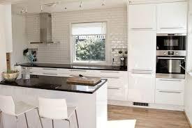 plan de travail cuisine am駻icaine plan de travail cuisine 50 idées de matériaux et couleurs plan de