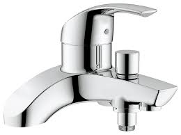 grohe 25105000 eurosmart single lever bath shower mixer grohe 25105000 eurosmart single lever bath shower mixer amazon co uk diy tools