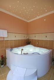 best 25 jacuzzi bathtub ideas on pinterest jacuzzi bathroom oversized jacuzzi bathtub for two
