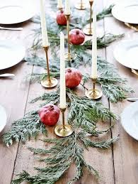 Diy Table Decoration Christmas by Best 25 Minimalist Christmas Ideas On Pinterest Simple