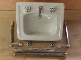 bathrooms design retro bathroom sinks antique bathroom vintage