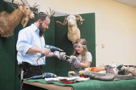 shofar factory shofar factory readies students for new year tribunedigital