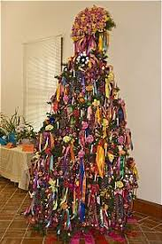 Southwestern Christmas Decorating Ideas Super Cute Christmas Tree With Tons Of Mexican Decorations