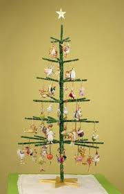 dollar store crafter festive wire tree in a pot