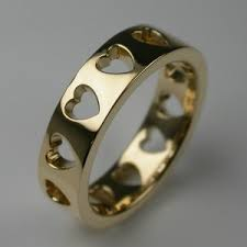bespoke hearts wedding ring 18 carat yellow gold from stephen