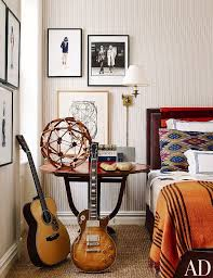 wallpaper 101 your ultimate guide to statement walls mydomaine