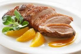cuisiner aiguillette de canard aiguillettes de canard aux pêches recettes de cuisine française