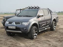 mitsubishi strada modified mitsubishi triton 4x4 modifications srb u0027s custom touring
