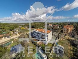 Das Haus Immobilien Schönes Appartement Im 2 Stock Mit Meerblick