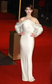 les miserables les miserables givenchy and anne hathaway