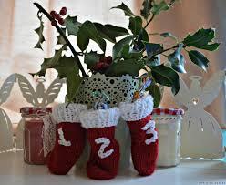 mini christmas stockings u2013 free knitting pattern rocknrollerbaby