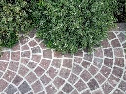 pavimentazione giardino prezzi pavimenti in porfido pavimento per esterni caratteristiche dei